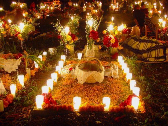Emiten protocolo para la celebración de Noche de Muertos 2020