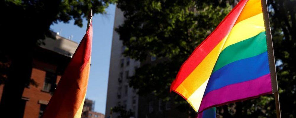 La creciente deuda de AMLO con la comunidad LGBT+